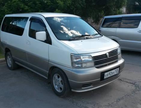 Nissan Elgrand (1999 г.)