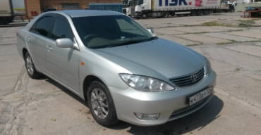 Toyota Camry (2005 г.)
