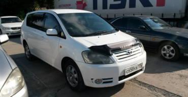 Toyota Ipsum (2002 г.)