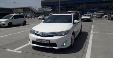 Toyota Camry (2012 г.)