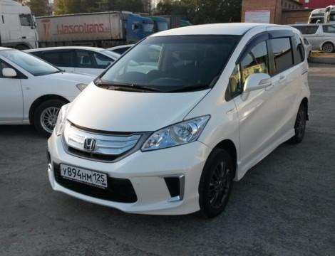 Honda Freed (Hybrid) (2014 г.)