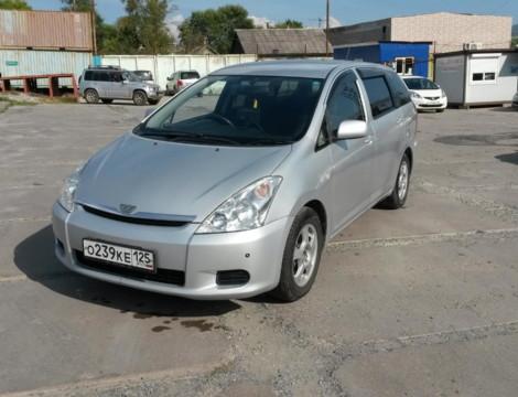 Toyota Wish (2003 г.)